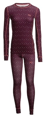 The Kari Traa Base Layer Set delivers when she needs to stay warm outside on cold and snowy days. This set is the perfect gift for winter lovers, plus, the eye-catching colors and patterns will make it even more fun to give (or get!).