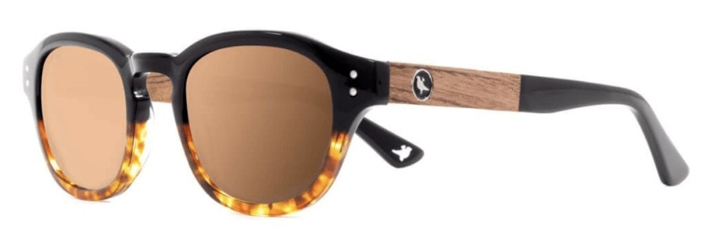 These hand-crafted frames are the perfect outdoor gift for women. Handcrafted from sustainably sourced wood, Proof offers a unique look while protecting your eyes during those long days outside with their polarized lens.