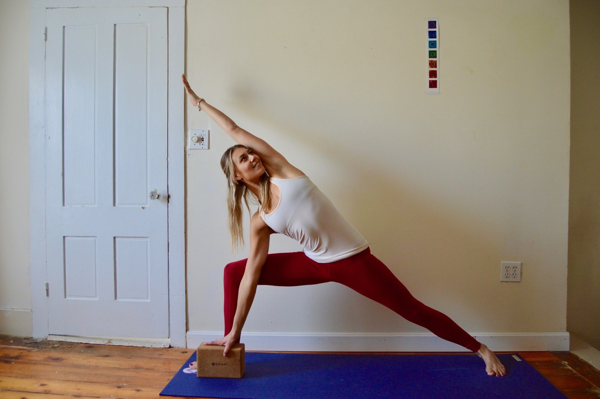 Yoga helps to increase your mobility and flexibility both on and off the mountain. Here are the best yoga poses for skiers.