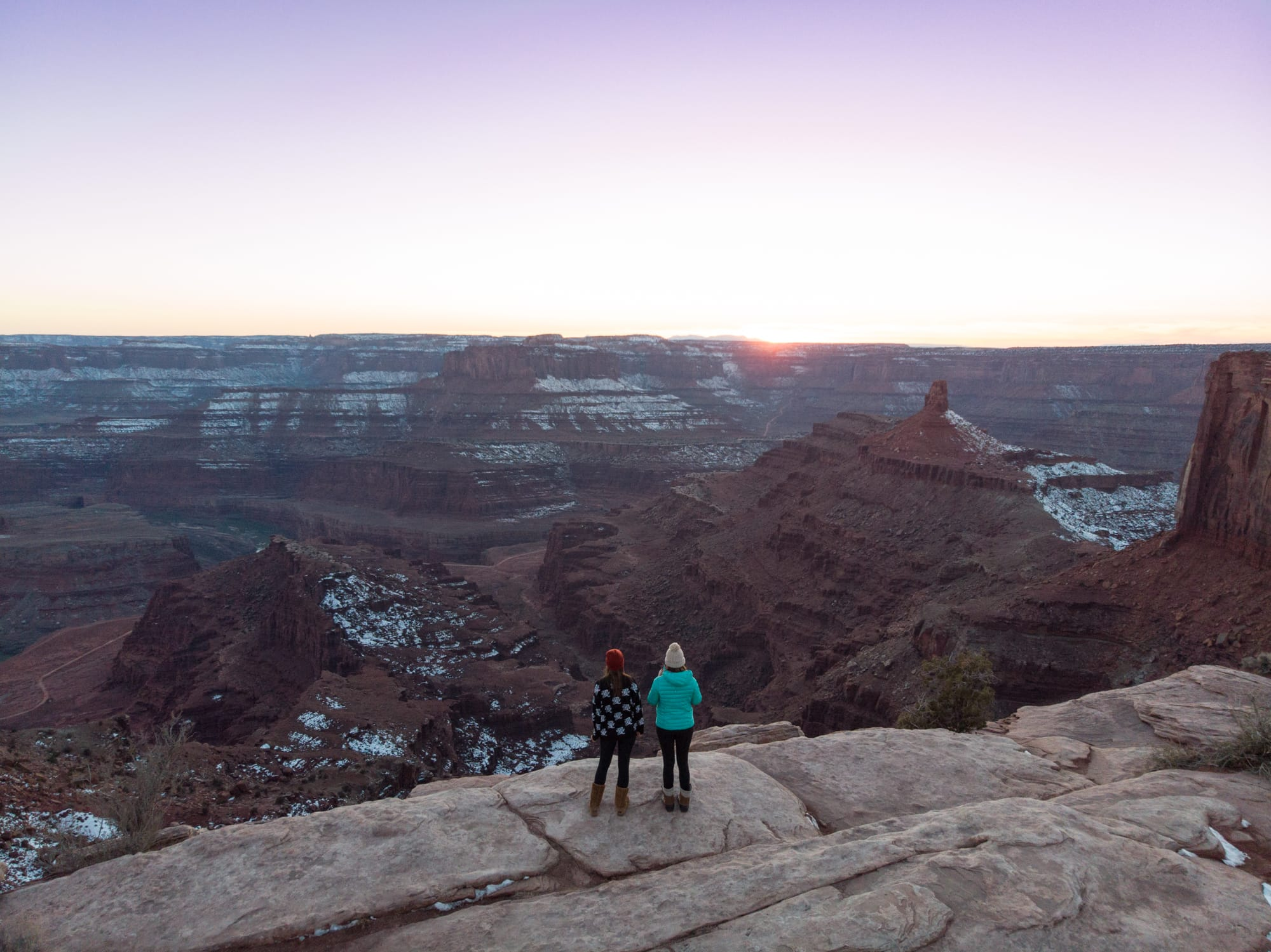 Overlooking Dead Horse State Park // A guide to the best Utah state parks for hiking