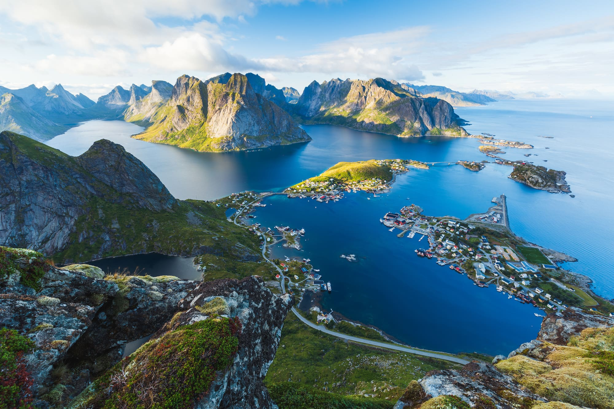 Norway // A round up 14 amazing domestic & international travel destinations at the top of their adventure bucketlist for 2019.