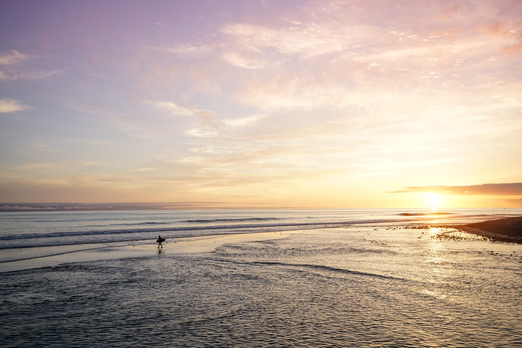 Ventura Surfers Point // Plan a Central California coast road trip with this itinerary packed with outdoor adventure, amazing food, and unique places to stay.