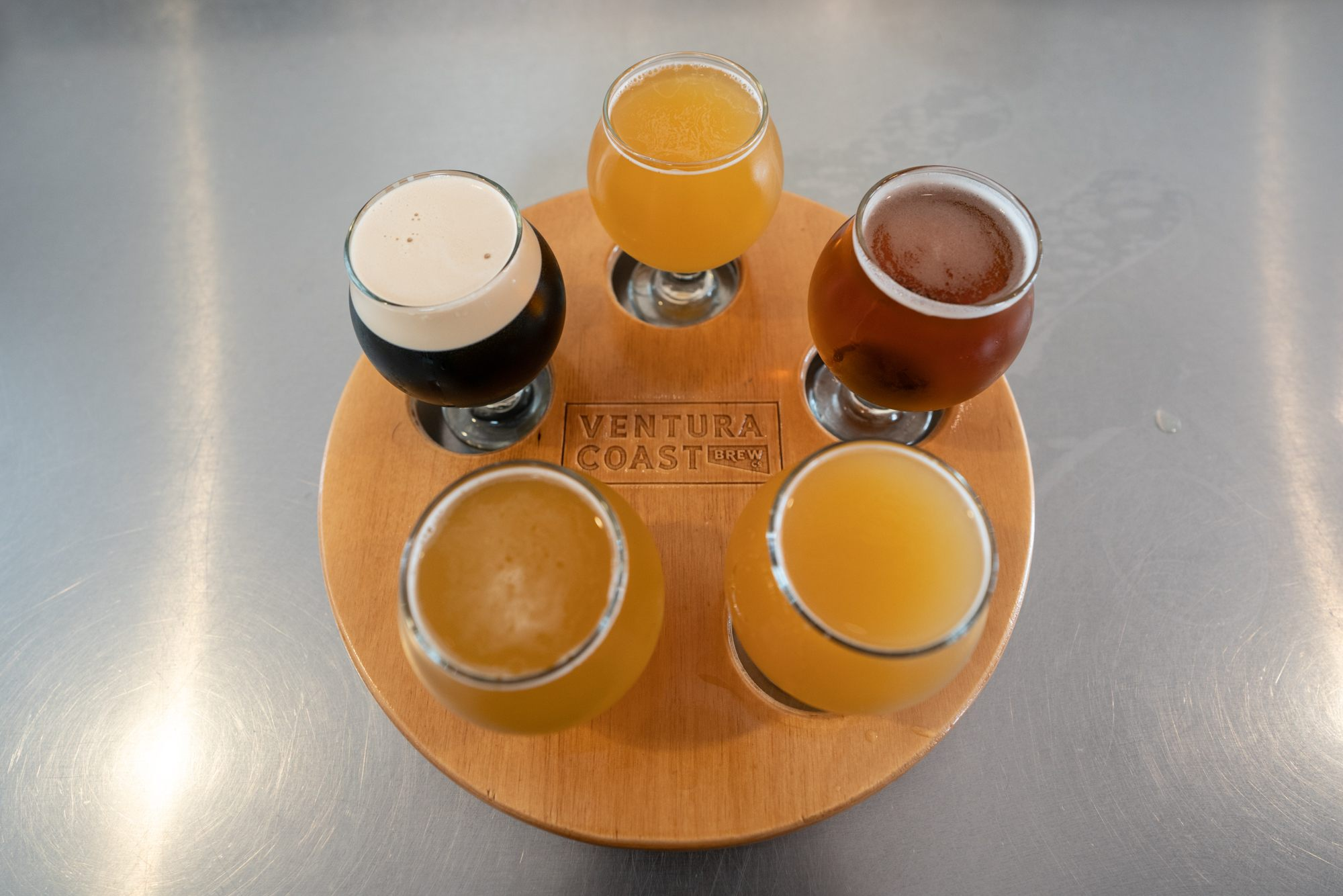 Ventura beer // A 6 day central California coast road trip itinerary that combines outdoor adventure travel and local California beach town culture.