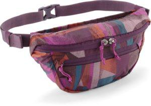 REI Co-op Trail 2 Print Waistpack // Find the ultimate gifts for outdoor lovers with our 2020 holiday gift guide featuring ideas for hikers, van lifers, campers, travelers, skiers & more.