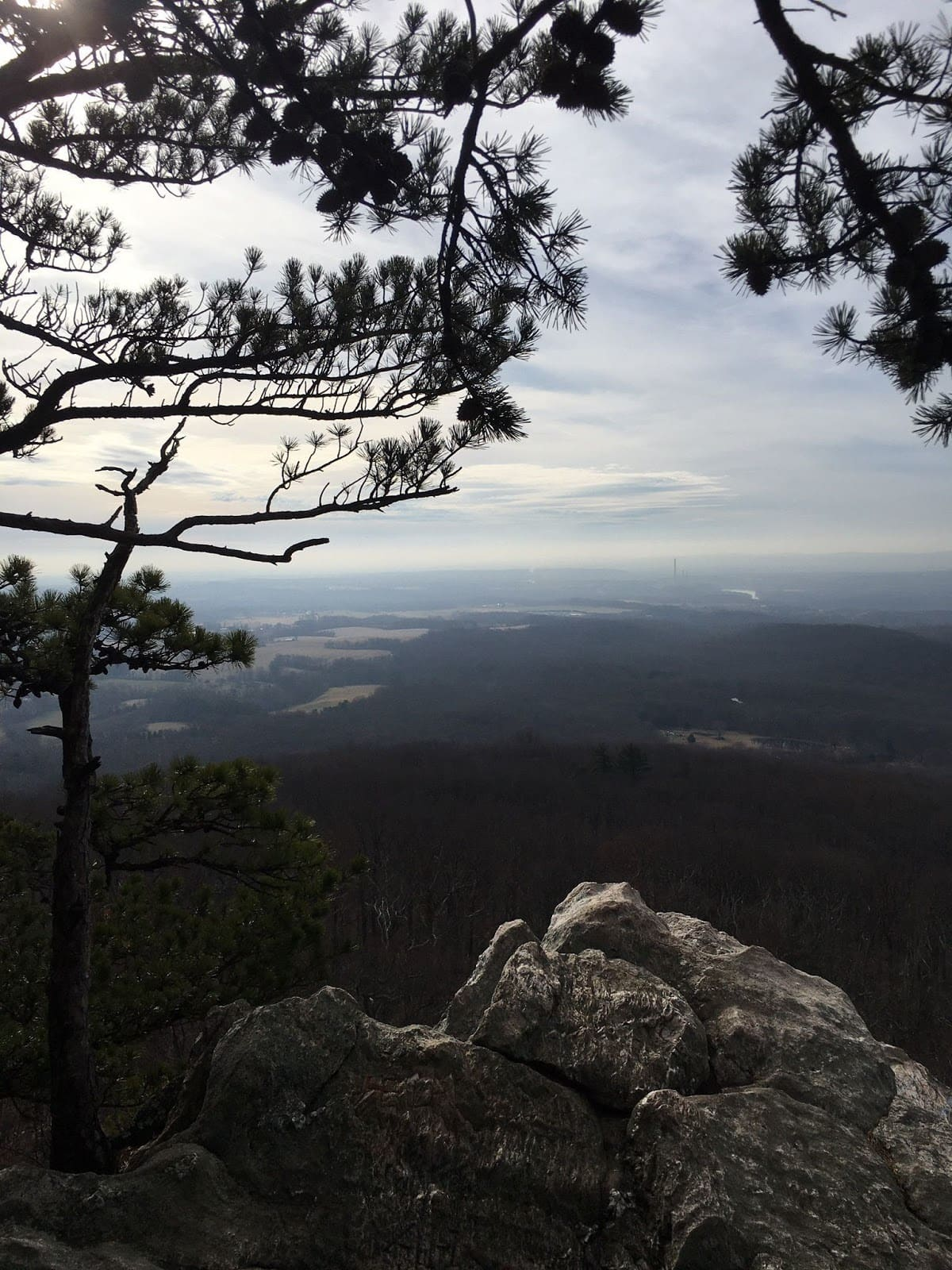 Sugarload Mountain // Looking for the best hikes in Maryland? Here are our 7 favorite Maryland trails including distances, descriptions, and local tips.