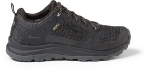 KEEN Terradora Hiking Shoe // Get the scoop on the best women's hiking boots a d lightweight hiking shoes and learn how to choose the best hiking boots for you.