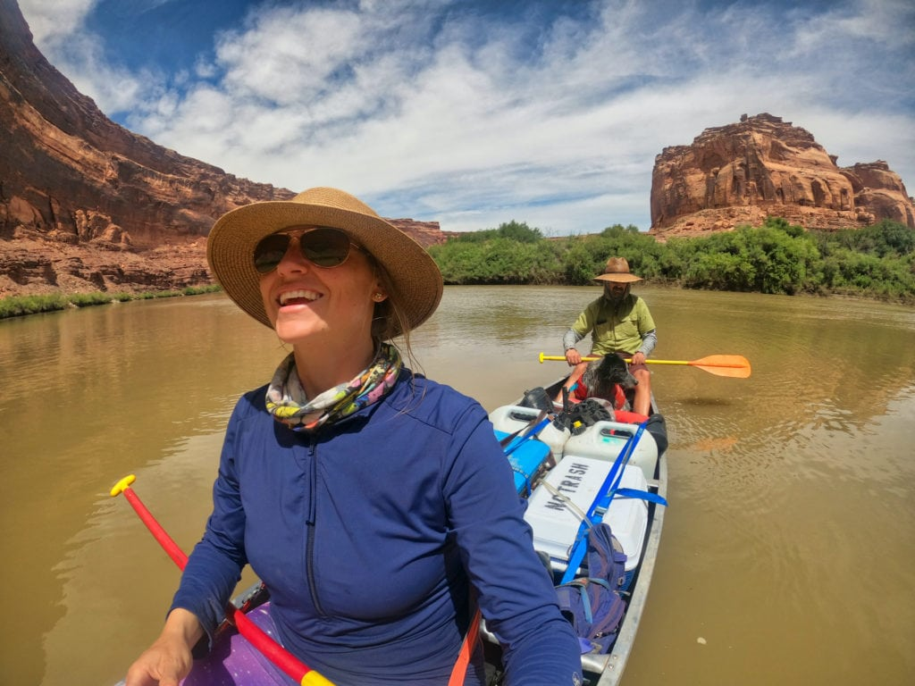 Get key planning tips for canoeing Labyrinth Canyon on the Green River with info on permits, shuttles, gear, bugs, river flow, launch points, and camping.