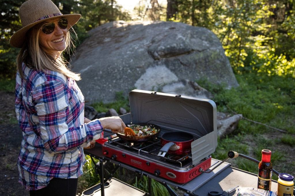 Cooking at camp / This complete guide to beginner camping will turn you into a camping pro in no time