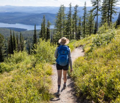 Ready to start hiking but not sure where to start? Read our tips for finding the best beginner hikes near you.