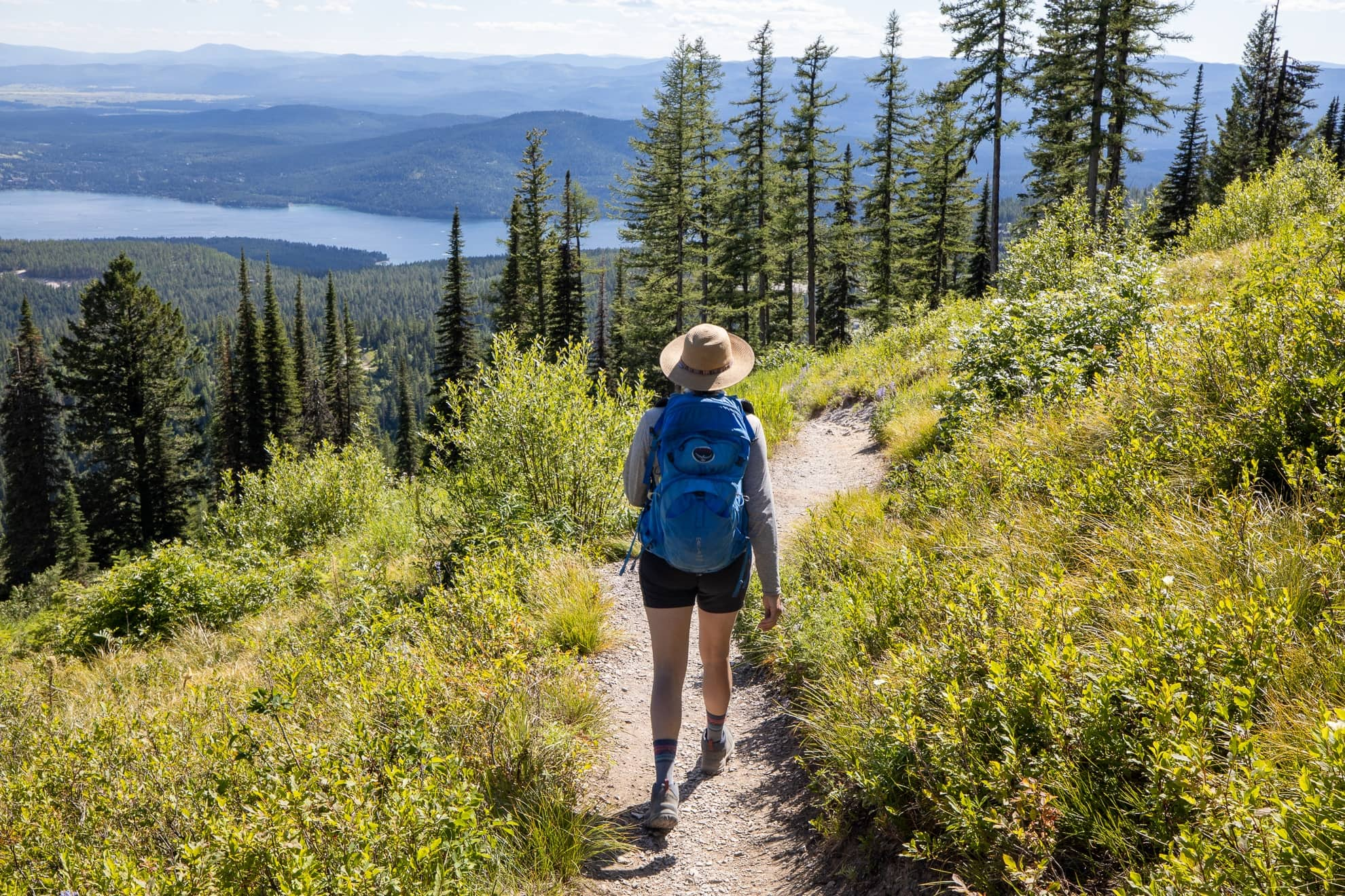 How to Choose a Hiking Trail: Tips Before Heading Out