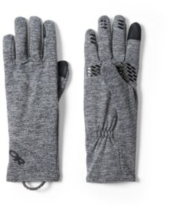 Gloves // Get prepared and stay warm with our best fall camping tips including what to pack