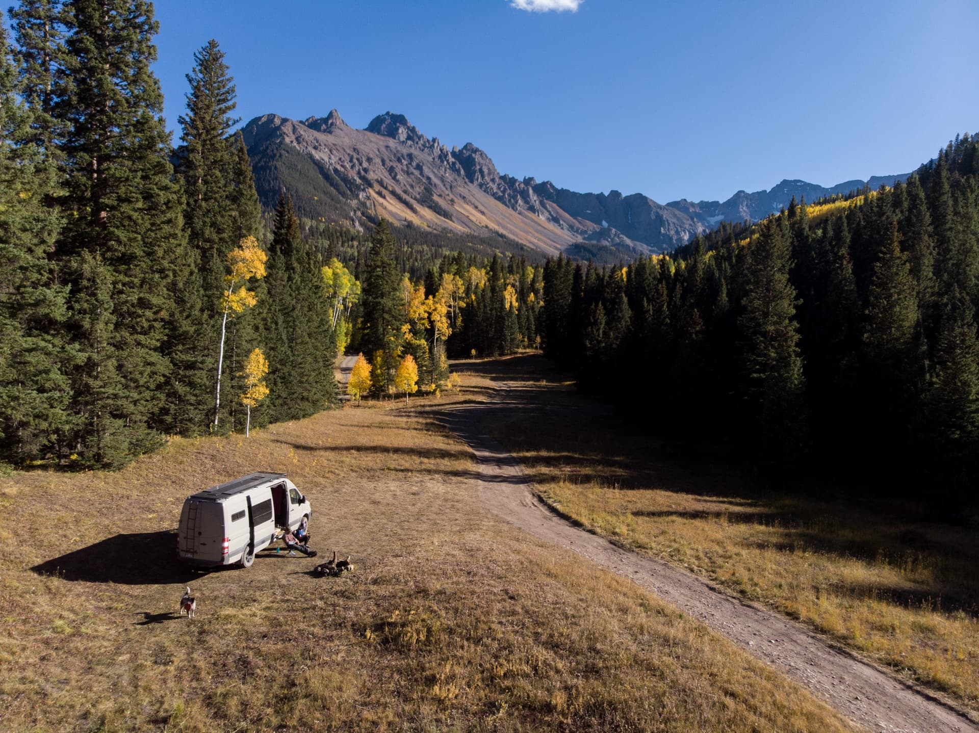 Learn where and how to find free campsites on your next trip with this list of the best websites, apps & maps for finding dispersed camping.