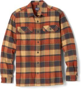 Patagonia Men's Long-Sleeved Fjord Flannel Shirt // Find the ultimate gifts for outdoor lovers with our 2020 holiday gift guide featuring ideas for hikers, campers, van lifers, travelers, skiers & more.