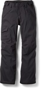 North Face Insulated Ski Pants // Learn what to wear skiing with this complete guide to skiing apparel including everything you need to be comfortable and warm on the slopes.