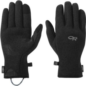 Outdoor Research Flurry Sensor Gloves // Interested in cold-weather hiking? Learn about base layers, shells, and other winter hiking clothes with our winter outdoor apparel guide.