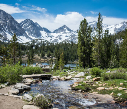 Discover the best John Muir Trail planning tools. Here are our favorite John Muir Trail guidebooks, maps, apps, and blog posts for planning a successful thru-hike of the JMT.