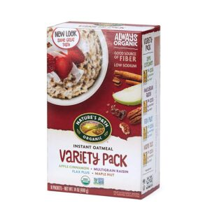 Nature's Path Instant Oatmeal // Simple lightweight backpacking food ideas from breakfast to dinner. These are delicious, easy to prepare & require little cleanup.
