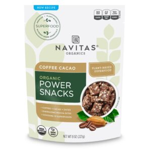 Navitas Organics Power Snacks // Simple lightweight backpacking food ideas from breakfast to dinner. These are delicious, easy to prepare & require little cleanup.