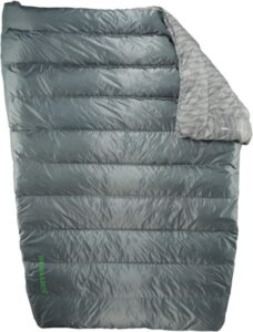 Therm-a-rest Vela ultralight two person backpacking quilt