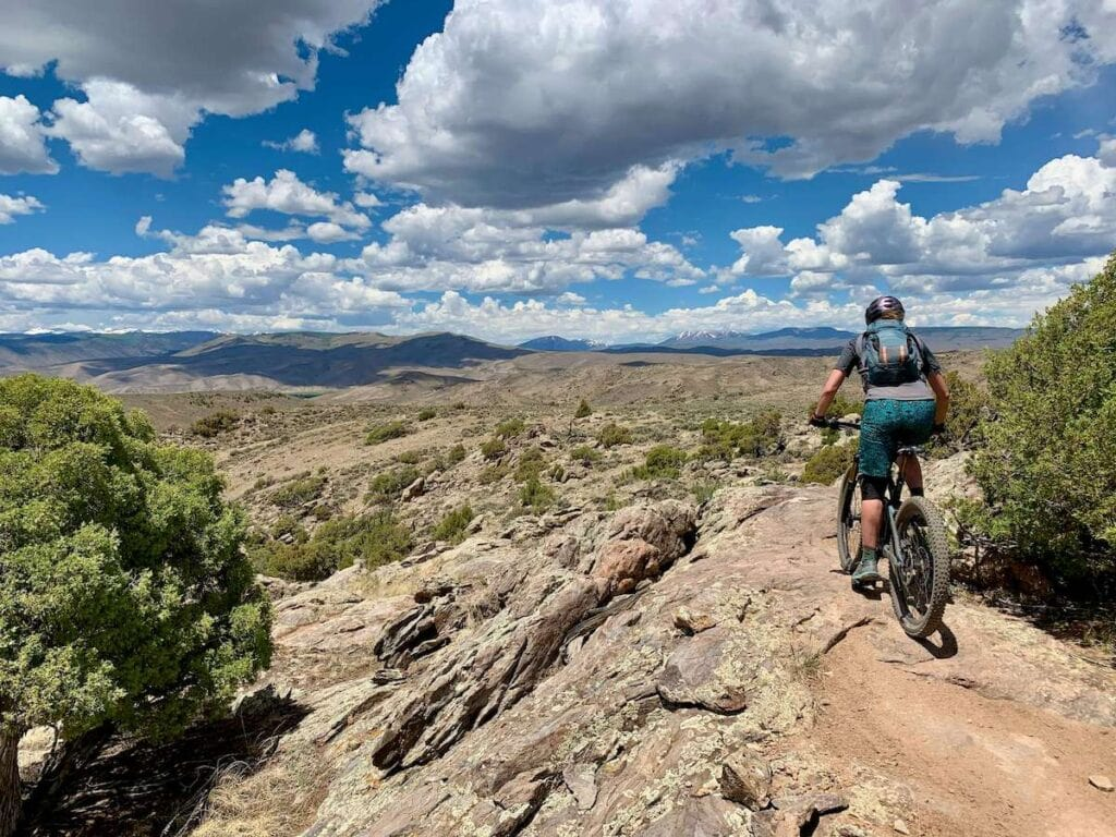 Hartman Rocks // Discover the best e-bike trails in the US for mountain biking. From flowy singletrack to cross-country terrain, there are trails for everyone.