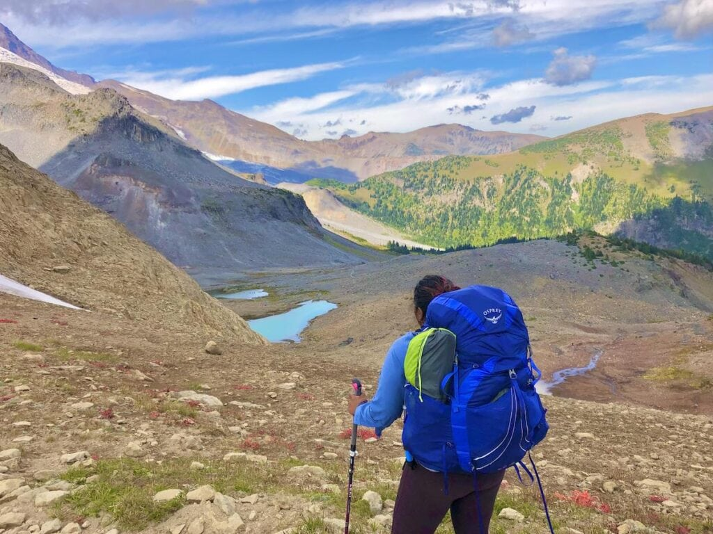 Hiking the Wonderland Trail / this article provides tips on how to be an ally to people of color in the outdoors