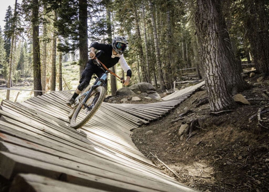 SkyPark at Santa's Village // Discover the best e-bike trails in the US for mountain biking. From flowy singletrack to cross-country terrain, there are trails for everyone.