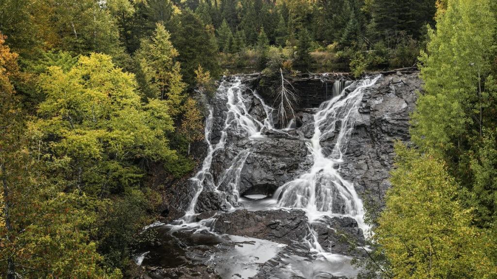 Eagle Falls Keweenaw Peninsula, Michigan // Upper Peninsula hikes to waterfalls