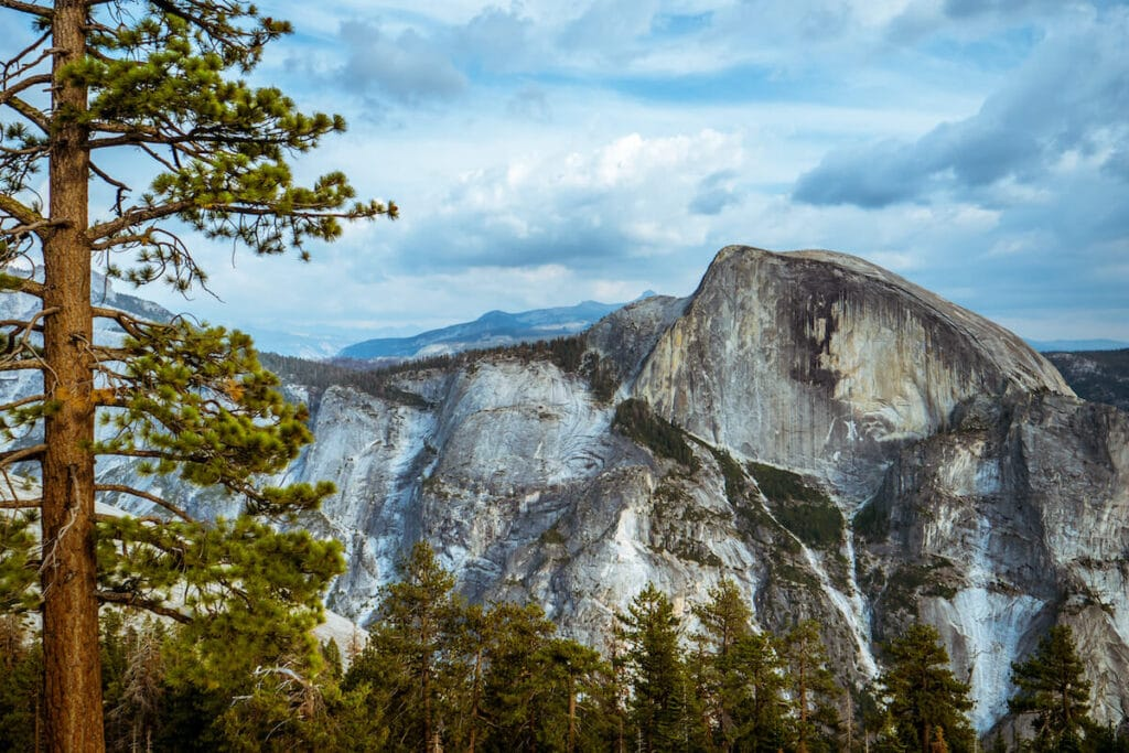 North Dome // one of the best hikes in Tuolumne Meadows along Tioga Road in Yosemite