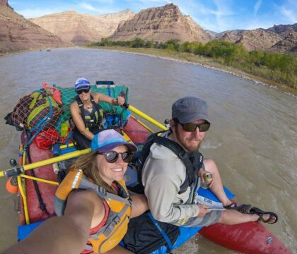 Here are 6 easy overnight river rafting trips with gorgeous scenery, gentle rapids, & awesome camping.