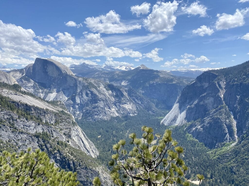 Yosemite National Park // The best California road trips stops for outdoor adventure including California's National Parks, monuments, coastal towns, and more.