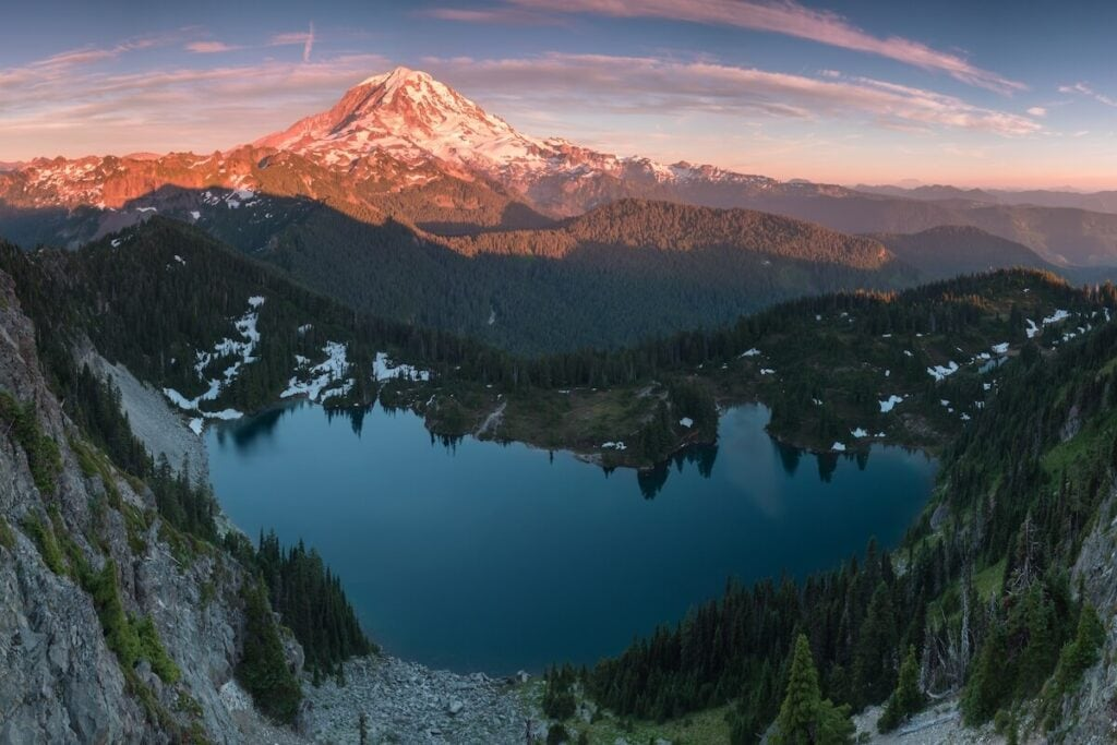 Tolmie Peak and Eunice Lake // Plan your trip to Mt. Rainier National Park with our guide to the best Mt. Rainier hikes for epic views during the summer.