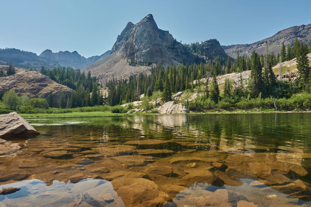 Lake Blanche // Learn about 12 of the best Salt Lake City hikes from alpine lakes to peaks to waterfalls. Our guide includes trail stats and trailhead info.