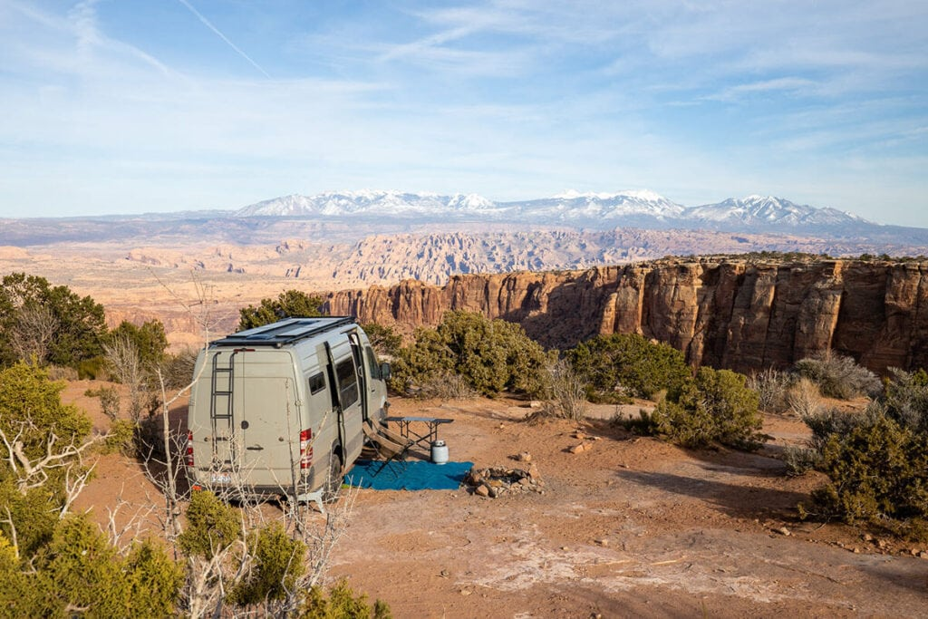 Dispersed camping in Moab // Explore Utah National Parks in this 9-day road trip itinerary with the best hikes, activities & camping in Zion, Bryce, Capitol Reef, Arches & Canyonlands.