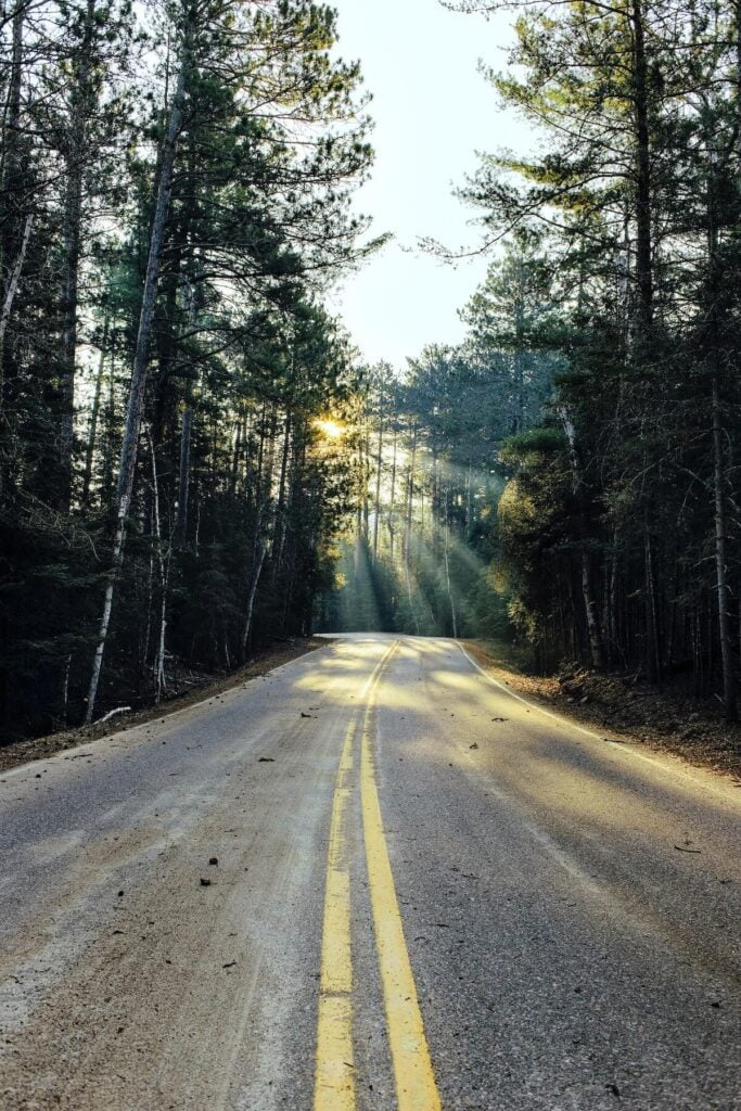 Ely // See the top Minnesota road trip stops for outdoor adventure including State Parks, scenic drives, waterfalls, and day trips from Minneapolis.