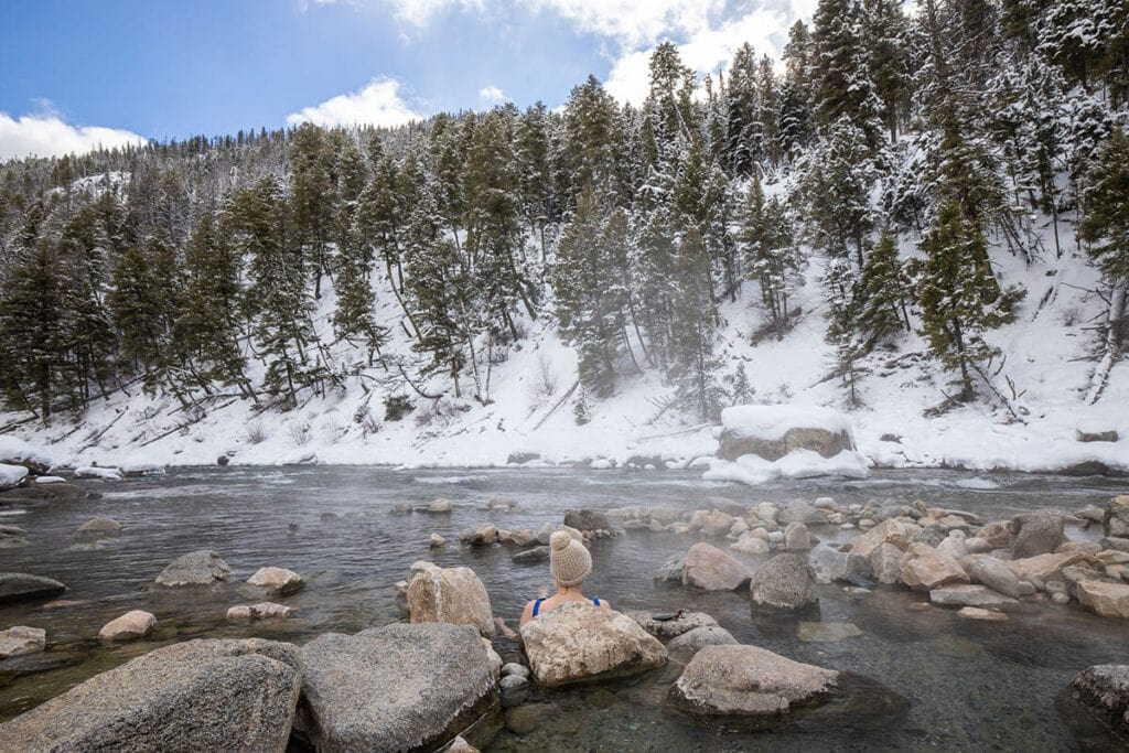 Stanley, Idaho hot springs / Not familiar with the rules of a good soak? Here are our best tips for hot springs etiquette including how to handle noise, nudity, and more.