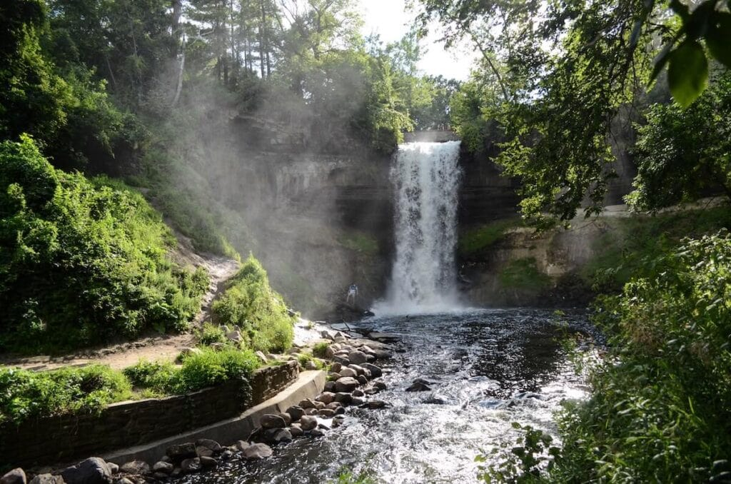 Minnehaha Falls // See the top Minnesota road trip stops for outdoor adventure including State Parks, scenic drives, waterfalls, and day trips from Minneapolis.
